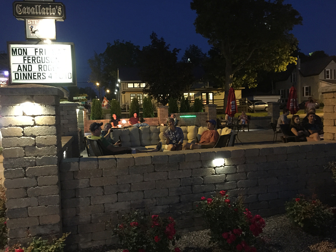 Diners Enjoy the New Outdoor Patio